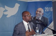 Azali Assoumani se nourrit de «sondages» à la noix