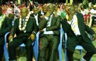 Mohamed Larif Oucacha tance les jeunes de Djoiezi