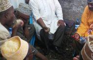 Le sorcier d'Assoumani Azali «prie» nu à Bête-Salam