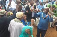 «Azali Assoumani, un chef de village qui marie sa fille»