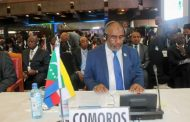 Azali Assoumani a psalmodié combien de discours au Mali?