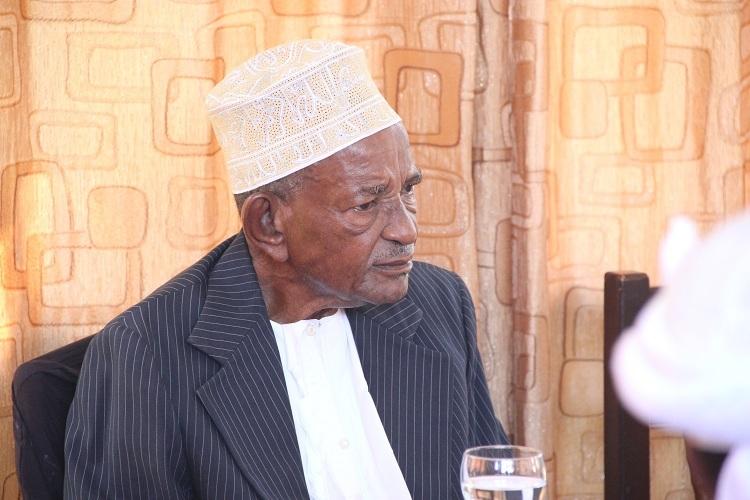 Abdou Bakari Boina, de l'oubli à l'hypocrisie des gens