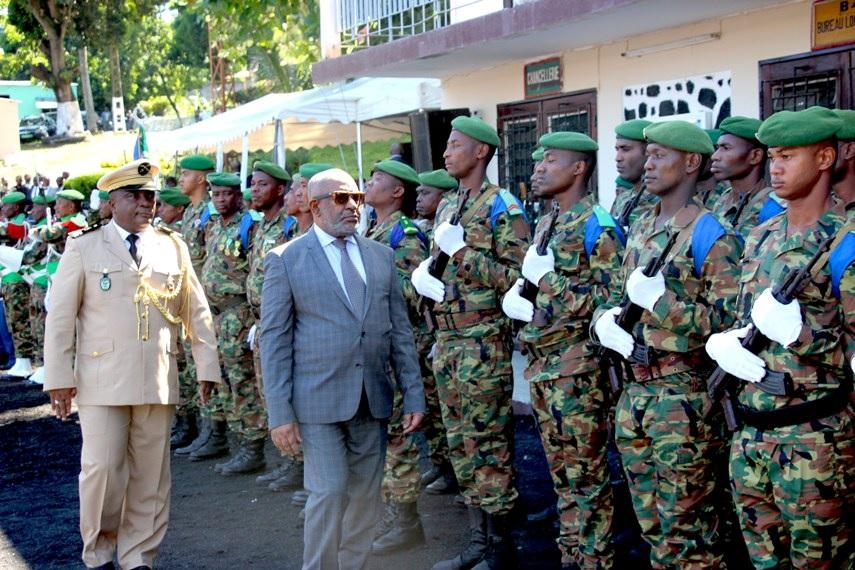 Assoumani Azali insulte et critique les militaires du pays