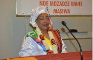 «Une lumière féminine illuminera l'avenir des Comores»