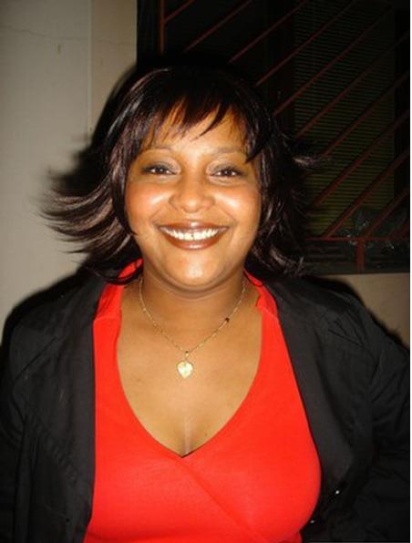 Anziza Mchangama lèche le cul d'Assoumani Azali