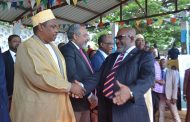 Ikililou Dhoinine boude les appels d'Assoumani Azali