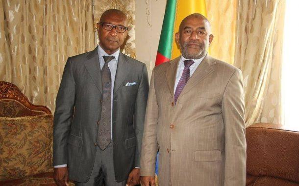 Ibrahim Ali Mzimba fait caca et pipi sur l'opposition