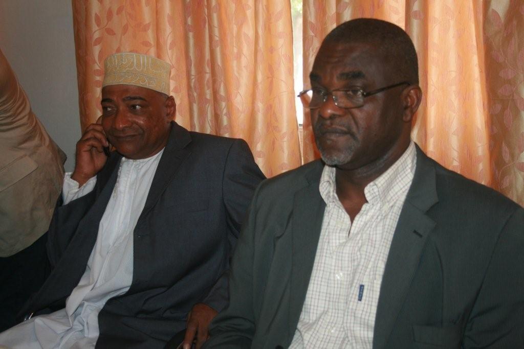 Mohamed Larif Oucacha crache sur Azali Assoumani
