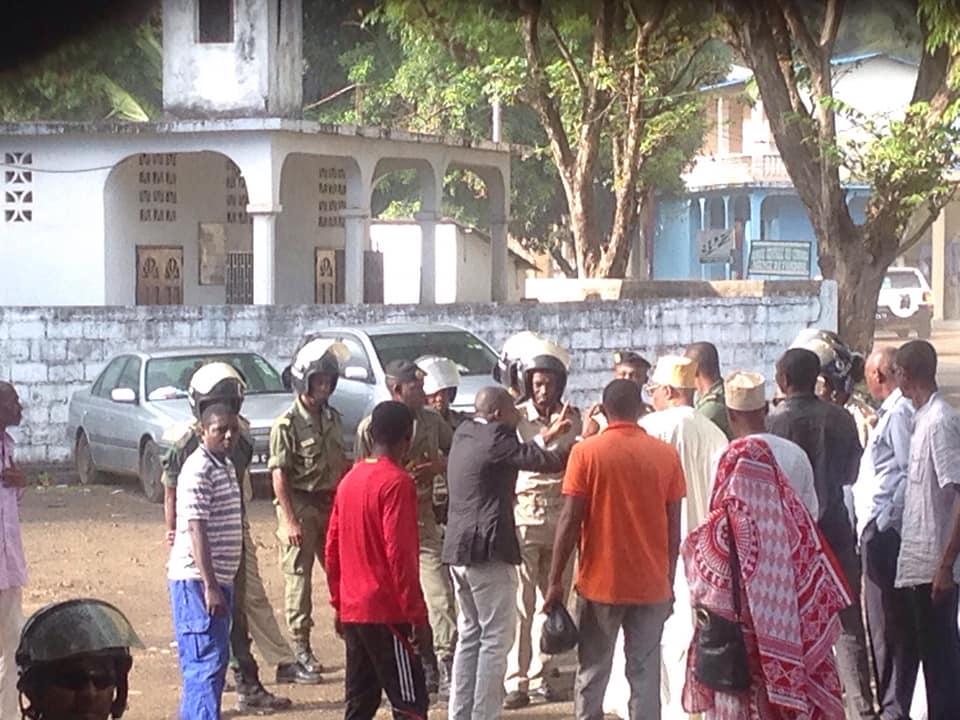 Des Anjouanais et Mohéliens pour la fin des Comores