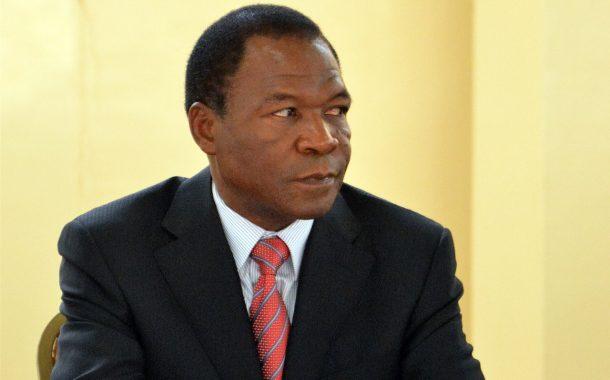 Passeport diplomatique comorien à François Compaoré