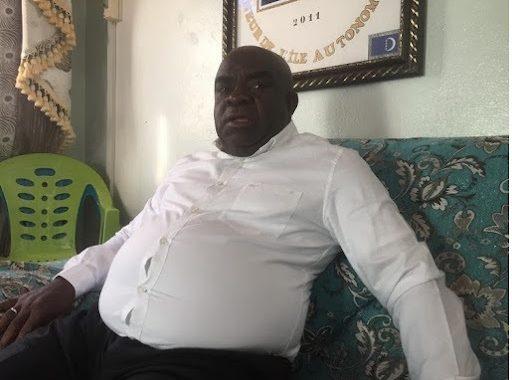 Mouigni Baraka n'est guère trahi. C'est lui qui trahit