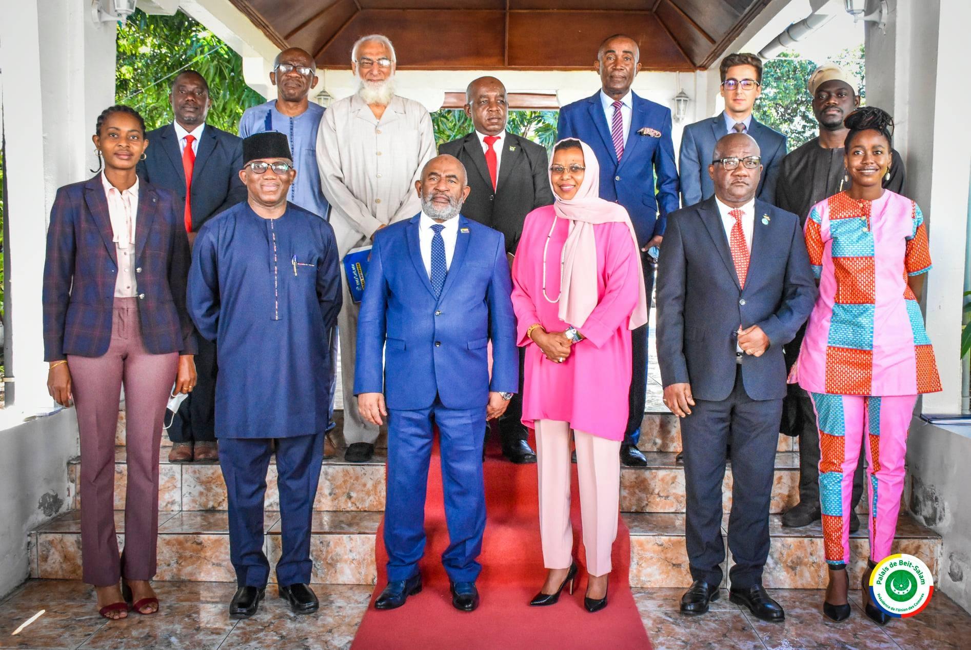 Achetée, l'Union africaine se montre complice d'Azali